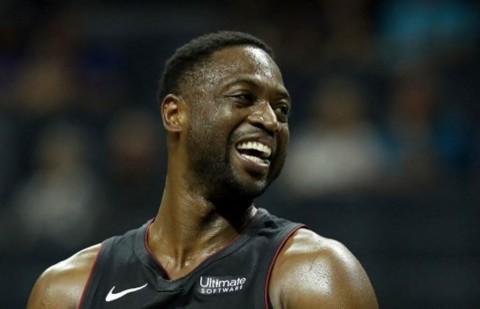 Keren! Dwyane Wade Bakal Beli Saham Utah Jazz
