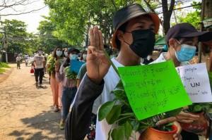 Populer Internasional: Pemerintah Bayangan Myanmar hingga Mundurnya Raul Castro