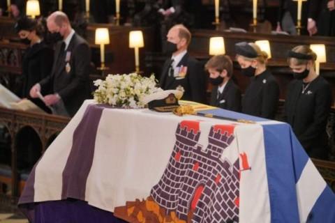 Peti Mati Pangeran Philip Diturunkan ke Royal Vault