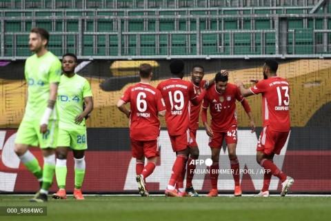 Wolfsburg vs Bayern Muenchen: Die Roten Kerja Keras Amankan Poin Penuh