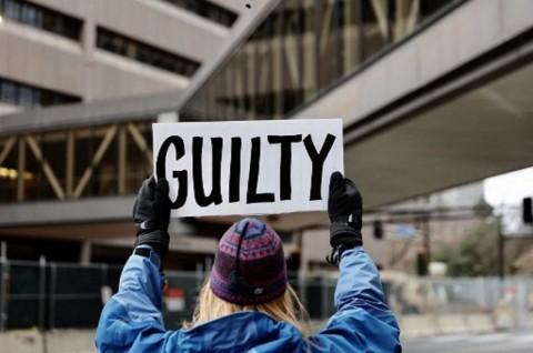 Minneapolis Menanti Keputusan Dewan Juri Persidangan Derek Chauvin