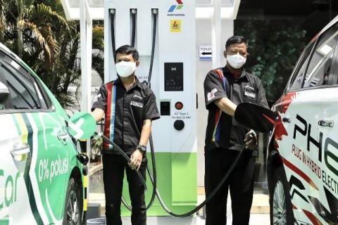 Pertamina Bangun 6 <i>Fast Charging</i> Kendaraan Listrik