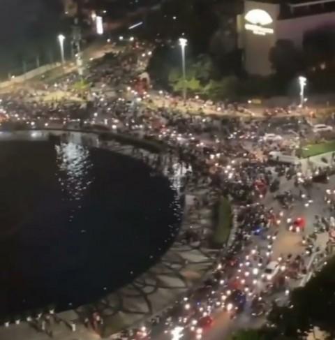 Satpol PP DKI: Kerumunan Pendukung Persija Di Bundaran HI Spontan