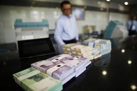 Meski Tumbuh Rp77,3 Triliun, Kredit Perbankan Masih Minus 3,77% di Maret