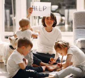 5 Cara Ibu Mengelola Emosi saat Mengurus Anak