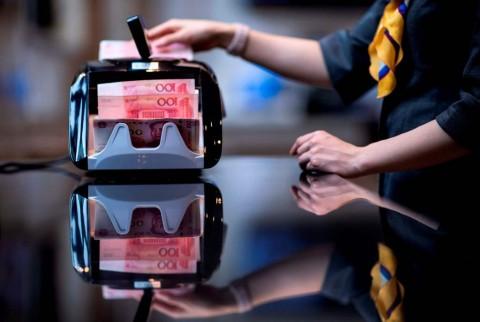Kian Perkasa, Yuan Terus Gerus Dolar AS