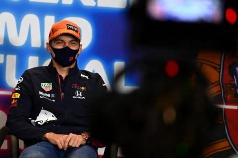 Max Verstappen Berikrar Setia dengan Red Bull