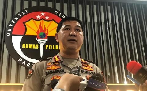 Alasan Polisi Belum Perbolehkan Munarman Bertemu Pengacara