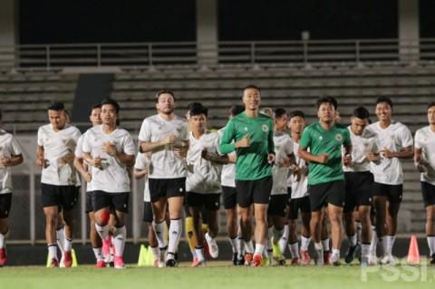 Mulai TC, Fisik Penggawa Timnas Indonesia Langsung Digenjot