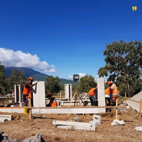 Pemerintah Mulai Bangun Hunian Korban Banjir dan Longsor di NTT