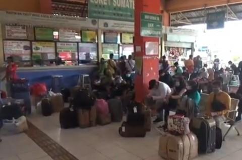 Jelang Larangan Mudik, Jumlah Penumpang Terminal Kampung Rambutan Naik