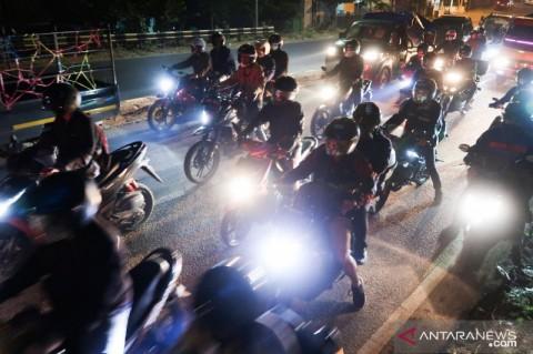 Arus Mudik Sepeda Motor Mulai Padati Jalur Pantura Jawa