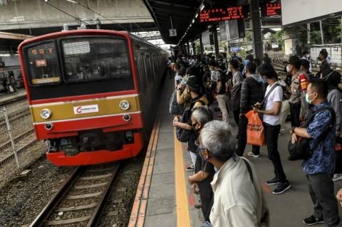 Mulai Hari Ini, Penumpang Diizinkan Transit di Stasiun Tanah Abang