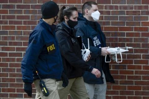 FBI Tembak Individu Bersenjata yang Mencoba Masuk ke Markas CIA