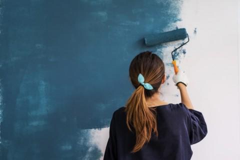 5 Cara Mengecat Dinding Rumah Sendiri Jelang Lebaran