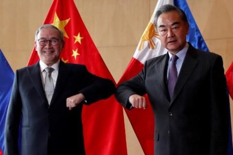 Tiongkok Minta Filipina Hindari Diplomasi Megafon