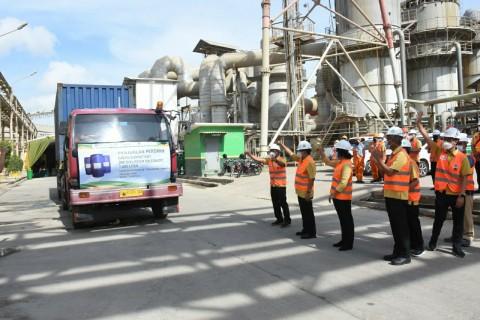 Petrokimia Gresik Jual 7.000 Liter Surfaktan 'Hijau' Pertama Buatan Indonesia