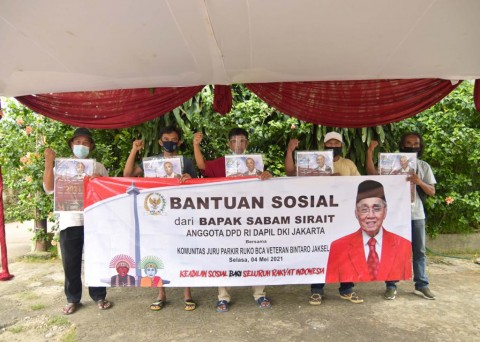 Warga dan Pelaku UMKM di Bintaro Dapat Bansos Jelang Lebaran