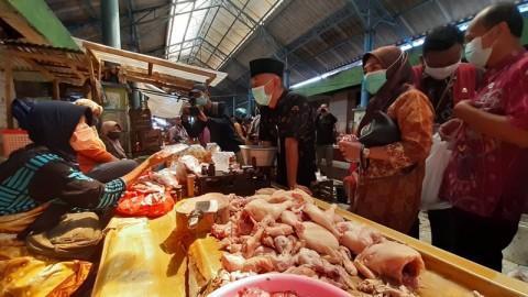 Harga Daging Ayam di Jepara Naik, Bahan Pokok Stabil