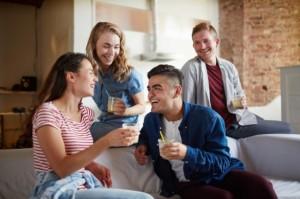 9 Alasan Friendzone Suka Terjadi, Kamu yang Mana?