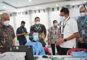 Menparekraf Sandiaga Uno Pantau Vaksinasi Pekerja Pariwisata Yogyakarta