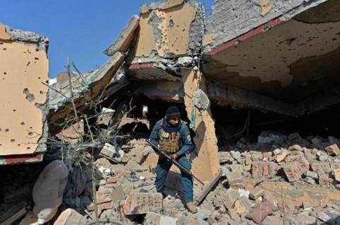 ISIS Meledakkan Dua Sumur Minyak di Irak
