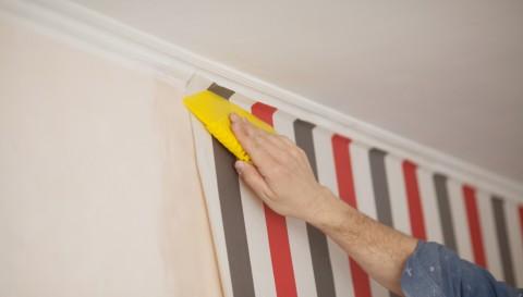 10 Cara Mudah Memasang <i>Wallpaper</i>