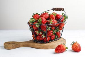 5 Khasiat Buah Stroberi, Salah Satunya Dapat Mengurangi Kolesterol