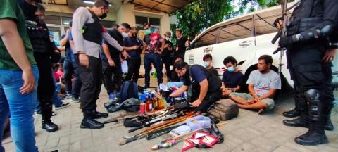 Kampung Ambon Digerebek, 50 Orang Ditangkap Terkait Narkoba