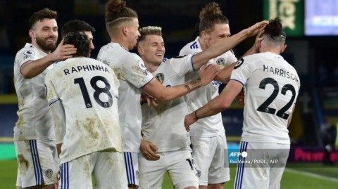 Leeds vs Tottenham: The Peacocks Hajar The Lilywhites