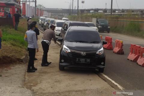 986 Pemudik Diputarbalikkan di Gerbang Tol Cikarang Barat