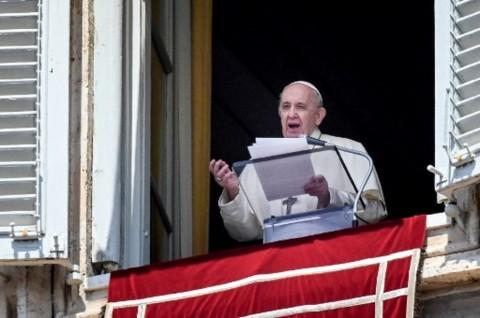 Paus Fransiskus Serukan Penghentian Kekerasan di Yerusalem