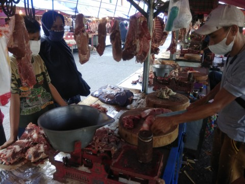 Harga Daging di Pasar Kramat Jati Naik Menjadi Rp140 Ribu Per Kg
