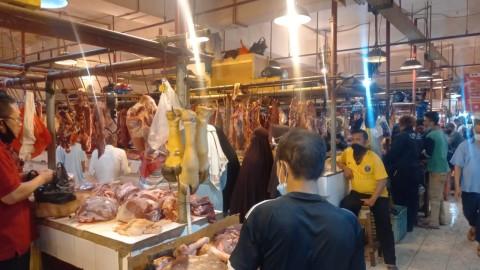 Jelang Lebaran, Harga Daging Sapi Rp160 Ribu per Kilogram