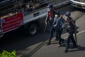 Populer Internasional: Thailand Tangkap Jurnalis Myanmar Hingga Capres Iran