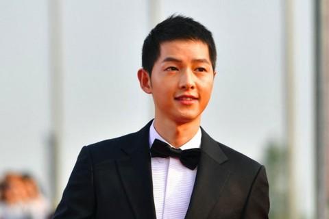 Pemeran Vincenzo Song Joong Ki Tanggapi Penilaian Orang tentang Aktingnya