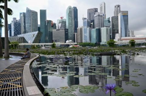 Kasus Covid-19 Meningkat Tajam, Singapura <i>Lockdown</i> Parsial Besok