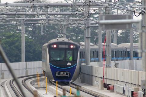 Penumpang MRT Naik Menjadi 16.772 Orang pada Hari Kedua Lebaran