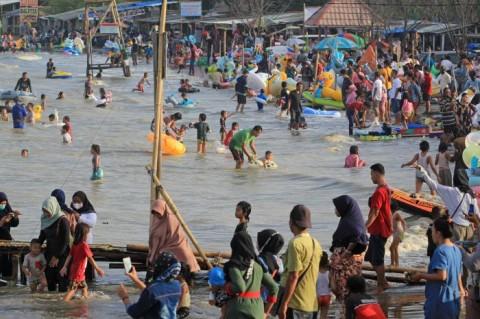 Wisatawan Positif Covid-19, Objek Wisata di Indramayu Tutup