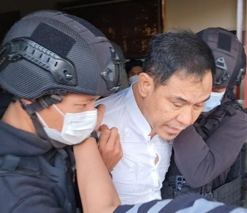 Jadi Tersangka Terorisme, Munarman Ditahan