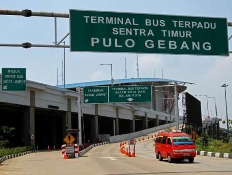 Injakkan Kaki di Jakarta, Penumpang Terminal Pulo Gebang Langsung Dites Cepat