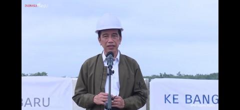 Jokowi Instruksikan Pembangunan Tol Pekanbaru-Bangkinang Dipercepat