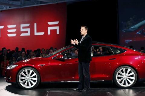 Mobil Listrik Tesla Dituduh Alat Mata-mata AS, Ini Jawaban Elon Musk