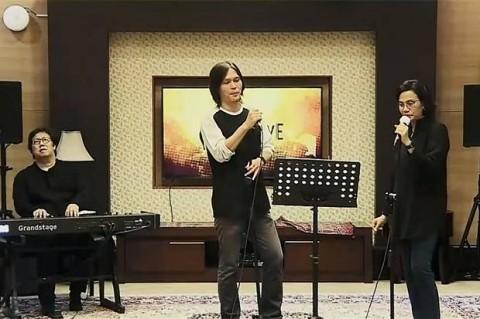 Konser Chrisye untuk Kemanusiaan Kumpulkan Donasi Rp900 Juta
