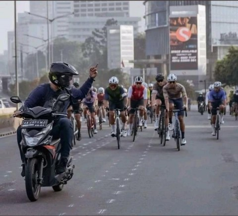 Pesepeda Bakal Diizinkan Melintas di Jalan Umum