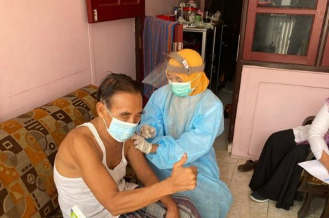 Target Vaksinasi Lansia Surabaya Diperpanjang