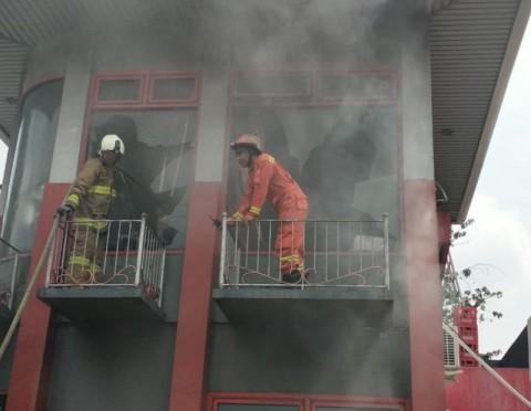 Kantor SPBU di Jalan Pramuka Jakpus Nyaris Ludes Terbakar