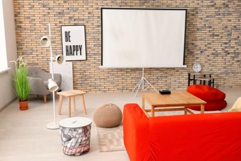 5 Cara Ciptakan Bioskop Sendiri di Rumah