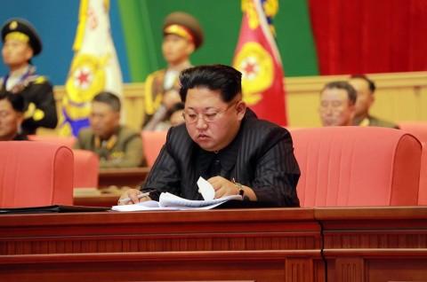 Hilang 1 Bulan, Kim Jong-un Kembali Muncul di Hadapan Publik