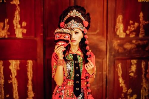 Laely Mengenakan Pakaian Penari Topeng Kelana (Foto: dok. pribadi)